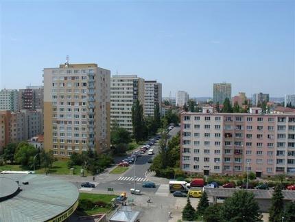 Pohled do okolí rezidence - ubytování Praha 10