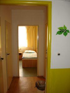Levné ubytování - hostel Praha 10 - vstup