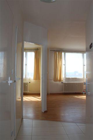 Levný pronájem bytu 1+kk Praha bez realitky. Pronájem garsonky v Praze bez provize.